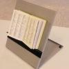 Billede af Læsestativ - Justérbar med bog og magnetholder i høj vinkel