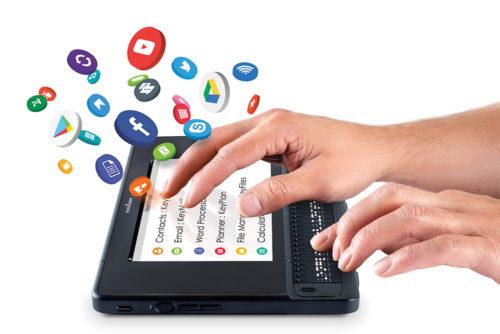 BrailleNote Touch Plus 32 med applikationsikoner der kommer ud af skærmbilledet